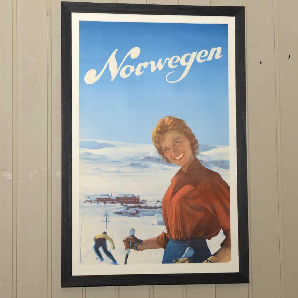 """""""Norwegen"""" fra 1959. Det kan være fra Finse, men dette er ikke bekreftet. The Gundersen Collection har i dag har en av de største private samlingene med plakater med norske vintersportmotiv. Fra før 1907 og opp til i dag."""